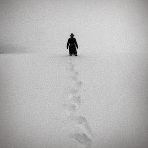 Rupert Jones Footprints In The Snow cover art